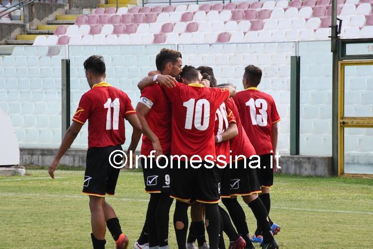 Petrilli bagna l'esordio con un gol che regala la vittoria e il passaggio del turno all'Acr