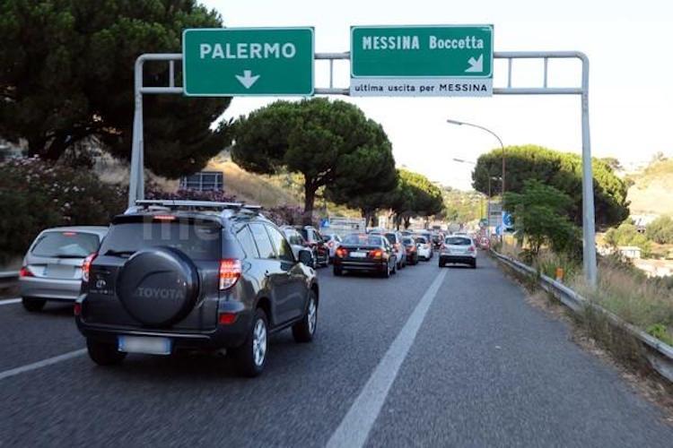 Autostrade siciliane avvisa gli utenti, da domani A18 e A20 traffico da bollino rosso