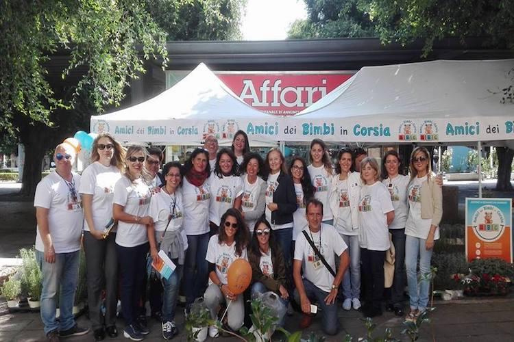 ABC sabato e domenica a piazza Cairoli, un aiuto concreto ai bimbi ospedalizzati