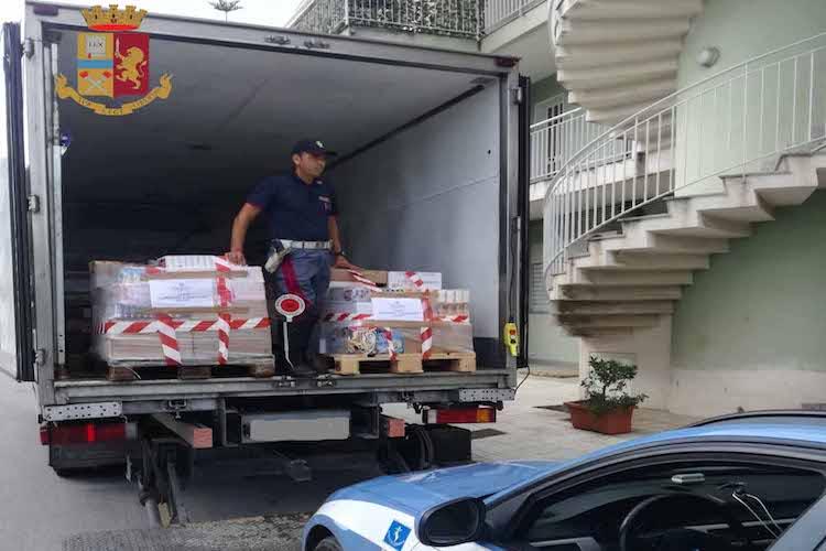 La Polizia sequestra alimenti surgelati avariati destinati ai supermercati