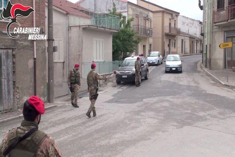 """Estorsioni e droga, arrestate quattro persone del clan dei """"batanesi"""" di Tortorici"""