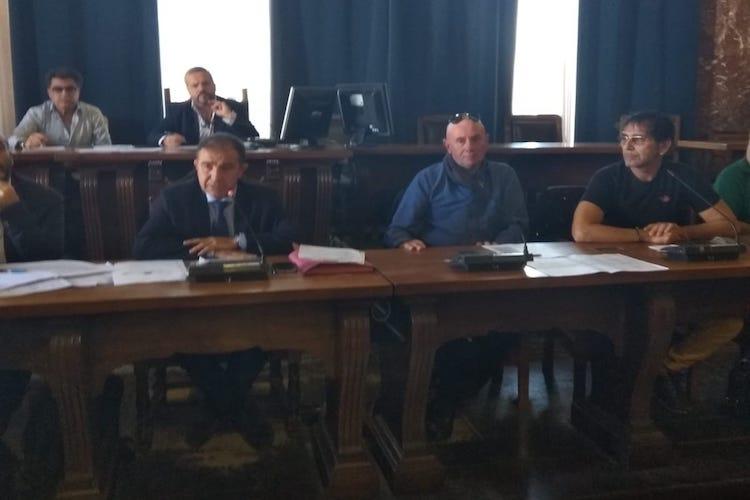 La Commissione chiede all'Atm di dividere il percorso dello Shuttle in due tronconi
