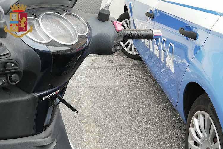 Furto di uno scooter a Messina, la Polizia lo recupera e riconsegna al proprietario