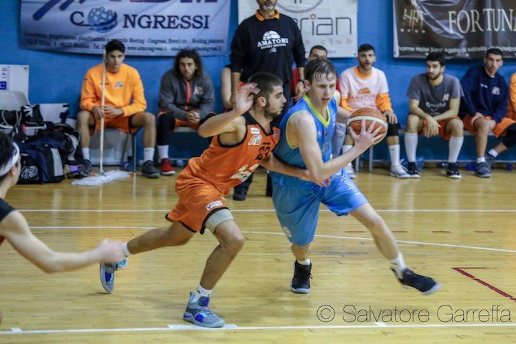 Cestistica Torrenova cede nei minuti finali e viene battuta dal Basket Giarre