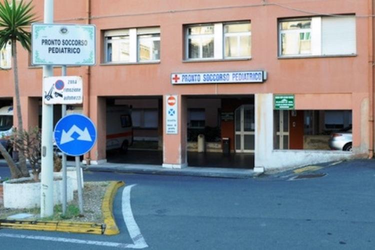 Bimbo di 10 mesi ingoia una ventosa e muore, Procura di Messina apre inchiesta