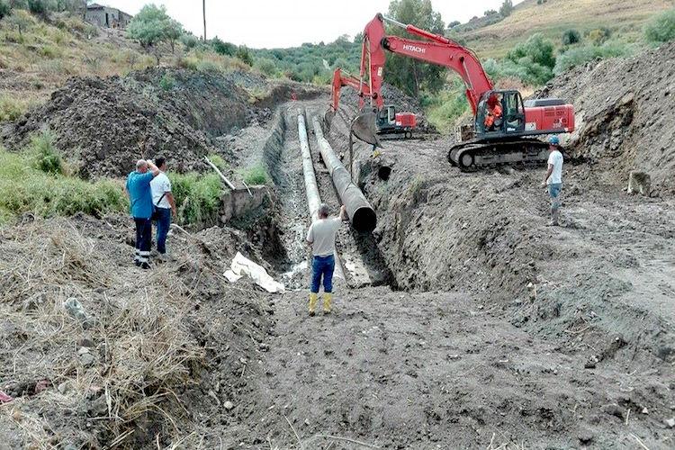 Ancora lavori alla condotta Fiumefreddo, possibili interruzioni dell'erogazione idrica