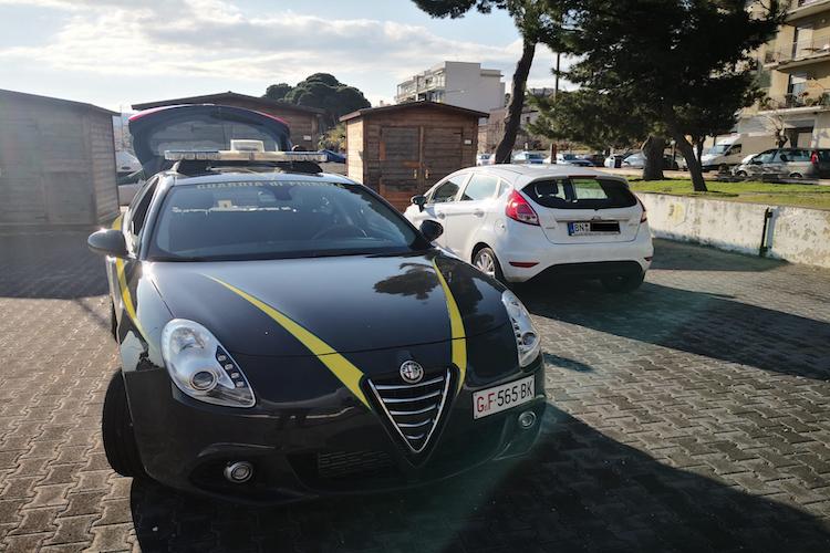 Decreto Sicurezza, la Guardia di Finanza di Patti sequestra 6 auto con targa straniera