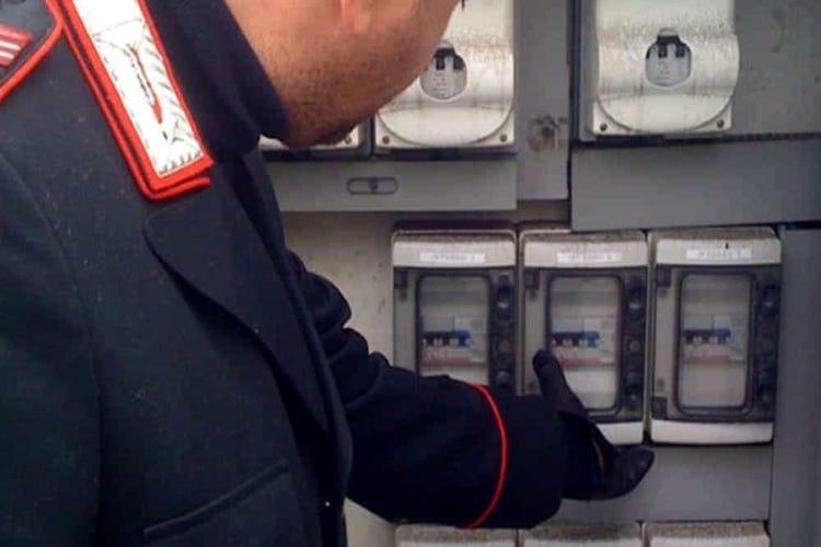 Messina. Tre arresti per furto di energia elettrica e uno per maltrattamenti