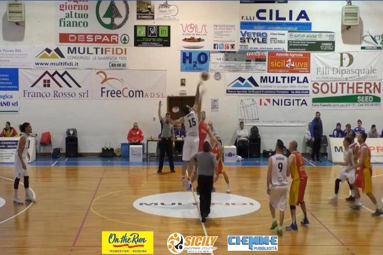 Nuova Pallacanestro Messina sconfitta in gara 1 da Comiso
