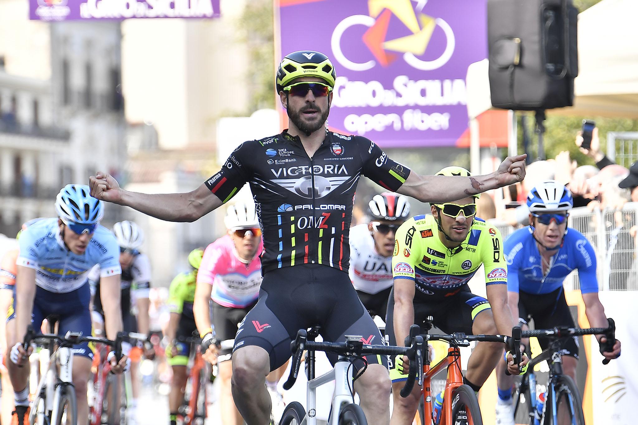 Giro di Sicilia, Stacchiotti si aggiudica la prima tappa sul traguardo di Milazzo