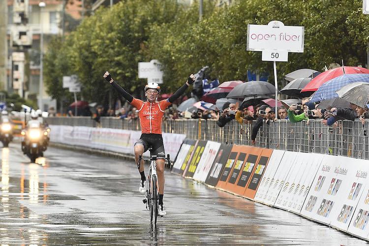 Giro di Sicilia, l'americano Brandon McNulty si aggiudica la Caltanissetta-Ragusa