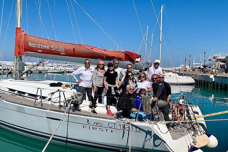 """Trofeo Velathlon, la barca messinese """"Mascalzone Siculo"""" conquista il secondo posto"""