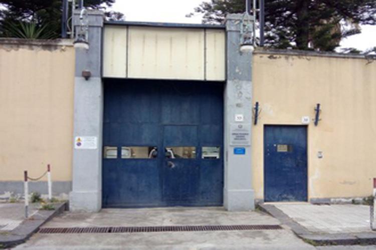 Casa Circondariale Barcellona P.G., in 24 ore aggrediti due Agenti penitenziari